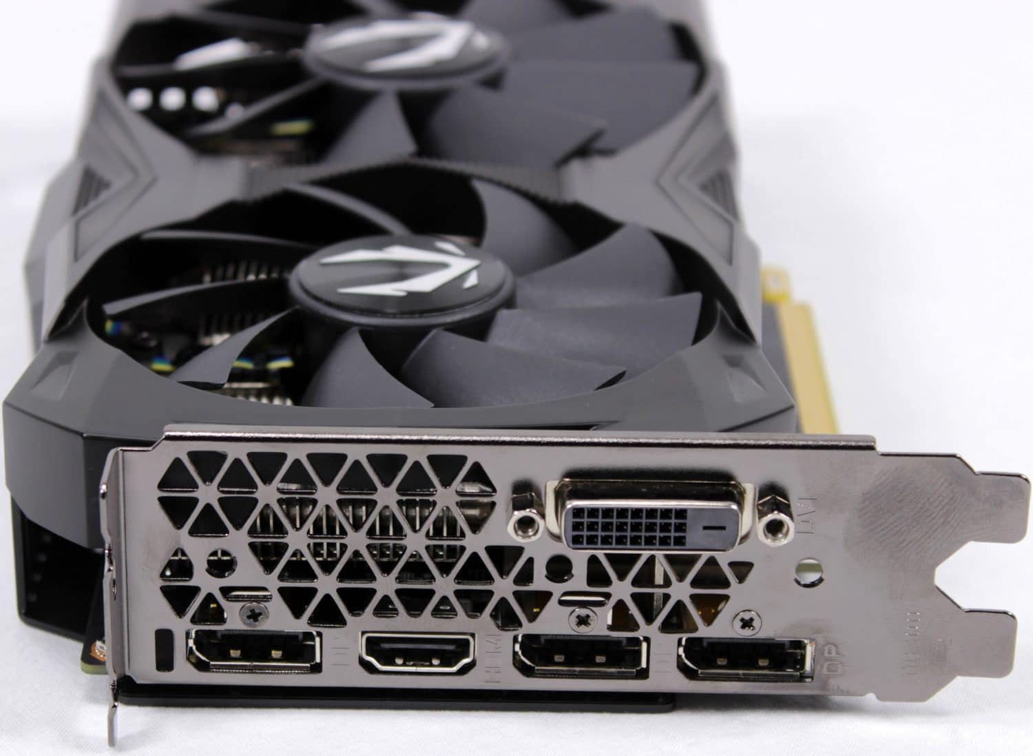 Zotac RTX 2070 Mini - Zotac Puts RTX 2070 on an Even Smaller